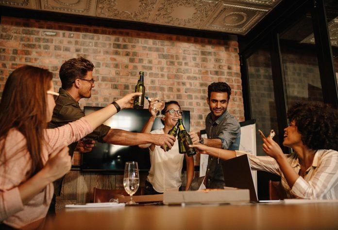 Hur du planerar en konferens med både nytta och nöje | Hurbuzz