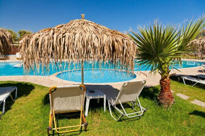 Så gör du din pool mer kostnadseffektiv och miljösmart – pooltak till rund pool och mycket mer | Hurbuzz