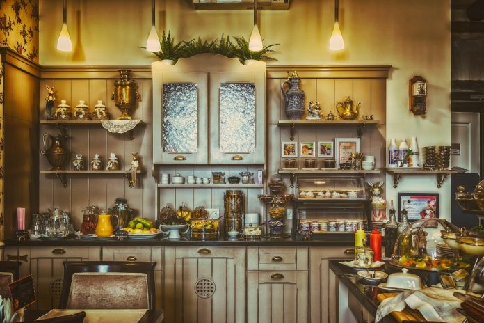 Restaurangkök byggs med hjälp av interiör   Hurbuzz